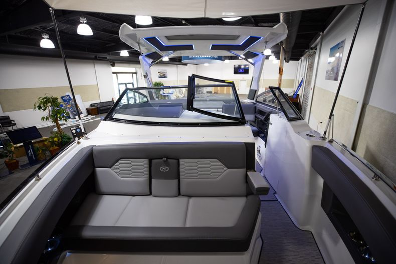 Thumbnail 66 for New 2021 Cobalt A29 boat for sale in West Palm Beach, FL
