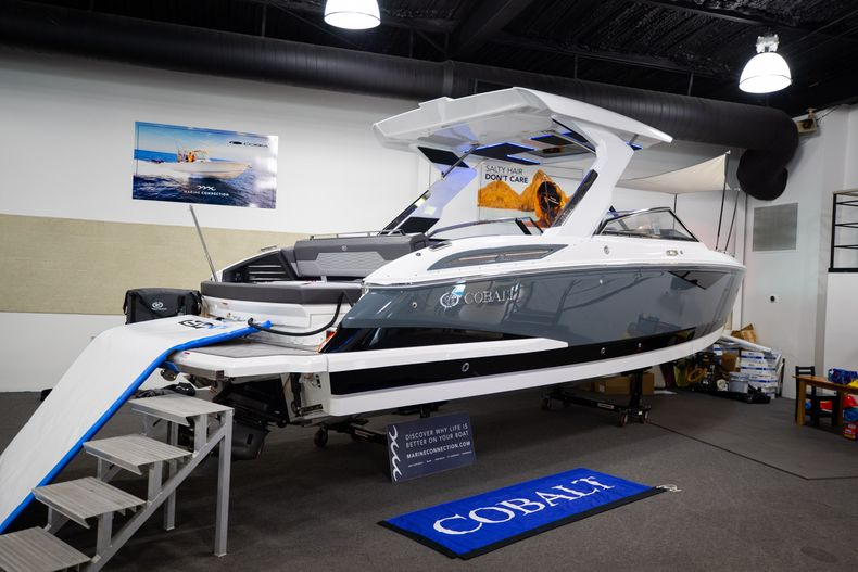 Thumbnail 2 for New 2021 Cobalt A29 boat for sale in West Palm Beach, FL