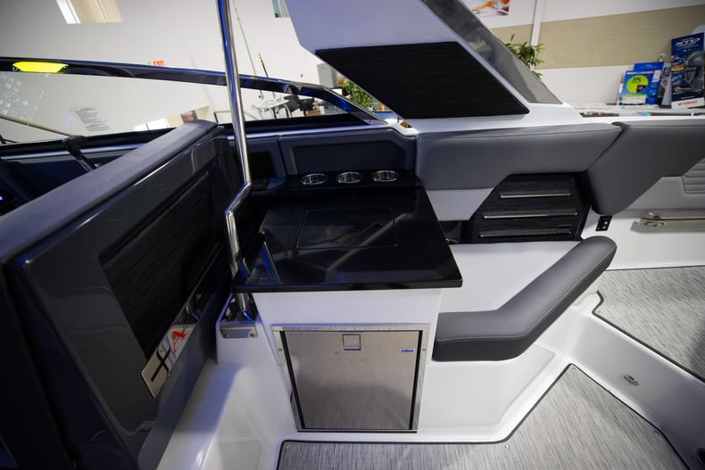 Thumbnail 16 for New 2021 Cobalt A29 boat for sale in West Palm Beach, FL