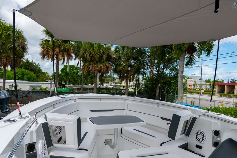 Thumbnail 59 for New 2021 Blackfin 332CC boat for sale in Fort Lauderdale, FL