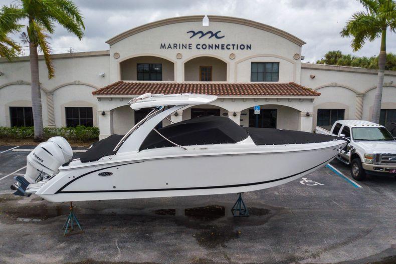 Thumbnail 1 for New 2021 Cobalt 30SC boat for sale in Vero Beach, FL