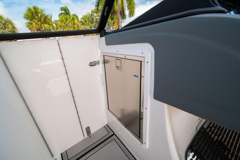 Thumbnail 49 for New 2021 Cobalt 30SC boat for sale in Vero Beach, FL
