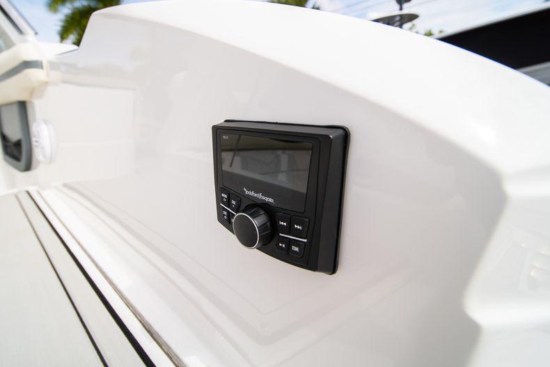 Thumbnail 19 for New 2021 Cobalt 30SC boat for sale in Vero Beach, FL