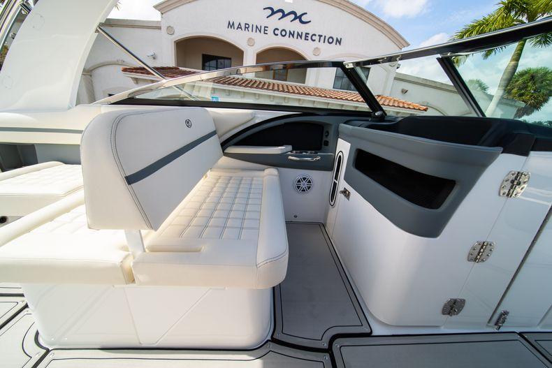 Thumbnail 42 for New 2021 Cobalt 30SC boat for sale in Vero Beach, FL