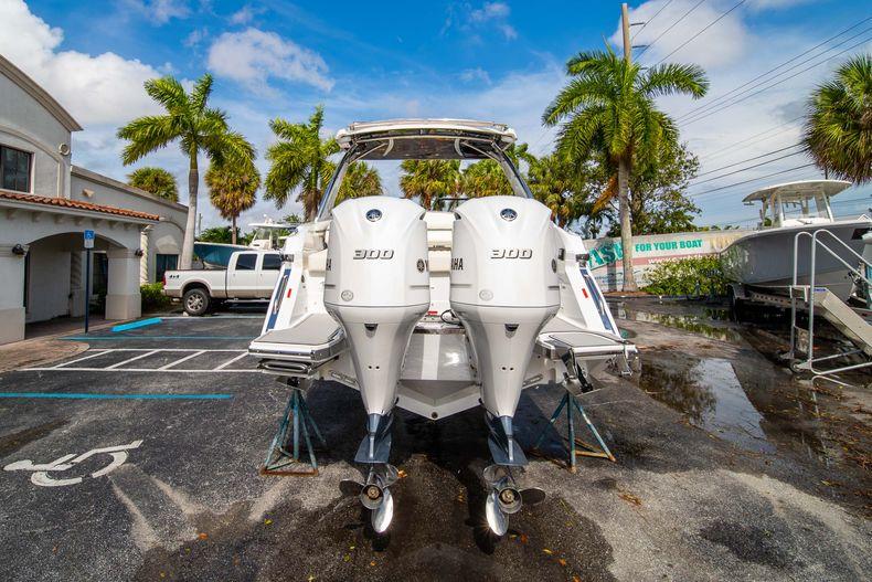 Thumbnail 12 for New 2021 Cobalt 30SC boat for sale in Vero Beach, FL
