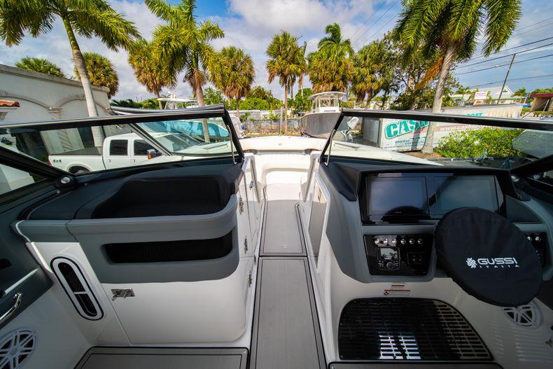 Thumbnail 45 for New 2021 Cobalt 30SC boat for sale in Vero Beach, FL