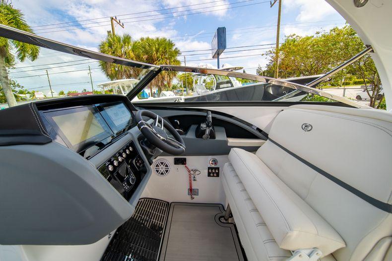Thumbnail 32 for New 2021 Cobalt 30SC boat for sale in Vero Beach, FL