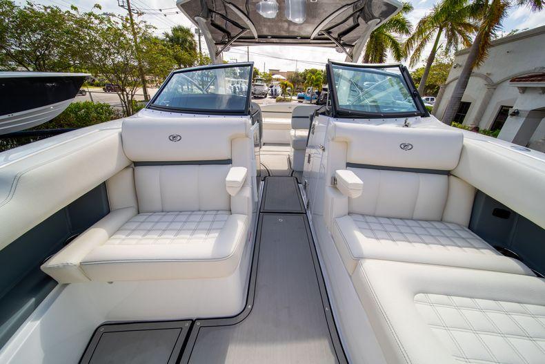 Thumbnail 55 for New 2021 Cobalt 30SC boat for sale in Vero Beach, FL