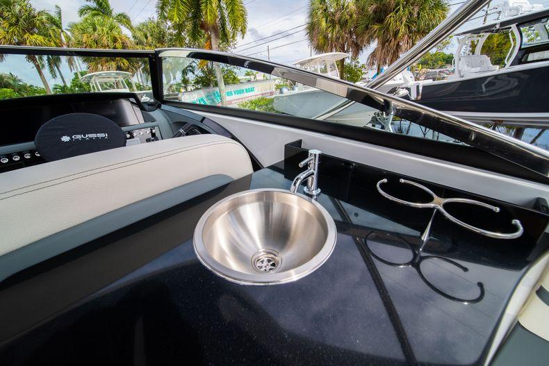 Thumbnail 25 for New 2021 Cobalt 30SC boat for sale in Vero Beach, FL