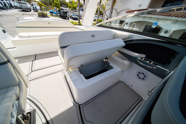 Thumbnail 44 for New 2021 Cobalt 30SC boat for sale in Vero Beach, FL