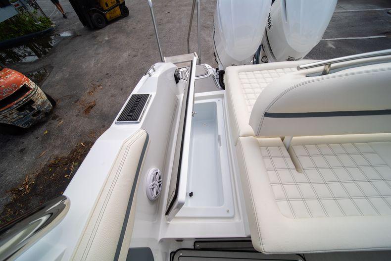 Thumbnail 22 for New 2021 Cobalt 30SC boat for sale in Vero Beach, FL