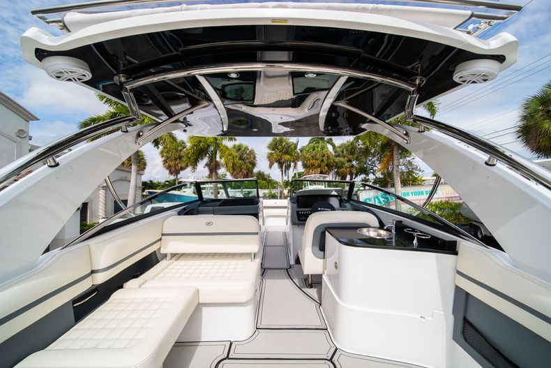 Thumbnail 23 for New 2021 Cobalt 30SC boat for sale in West Palm Beach, FL