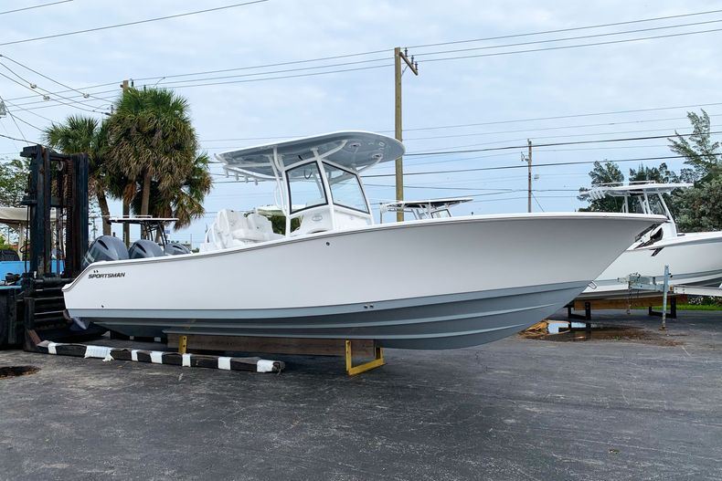 Photo for 2021 Sportsman Open 282 Center Console