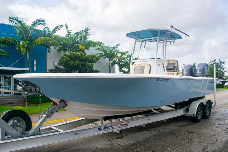 Thumbnail 3 for Used 2018 Tidewater 2700 Carolina Bay boat for sale in Miami, FL