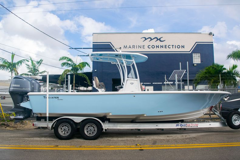 Used 2018 Tidewater 2700 Carolina Bay boat for sale in Miami, FL