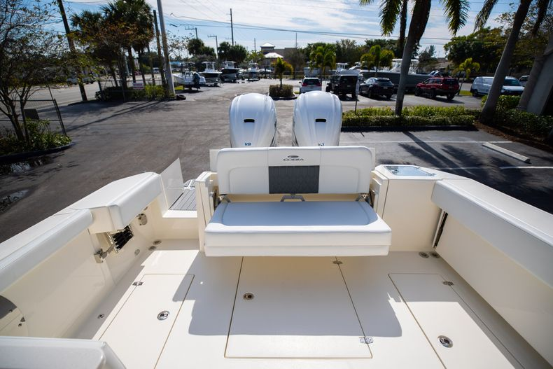 Thumbnail 12 for New 2021 Cobia 330 DC boat for sale in West Palm Beach, FL