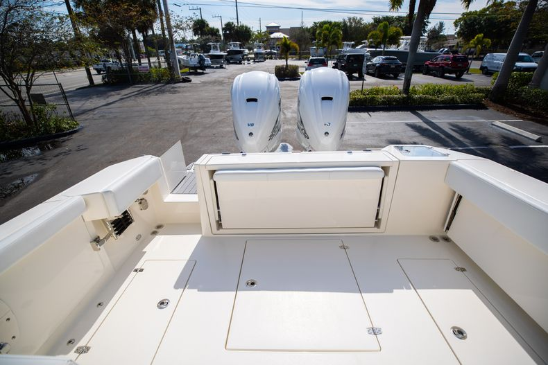 Thumbnail 11 for New 2021 Cobia 330 DC boat for sale in West Palm Beach, FL