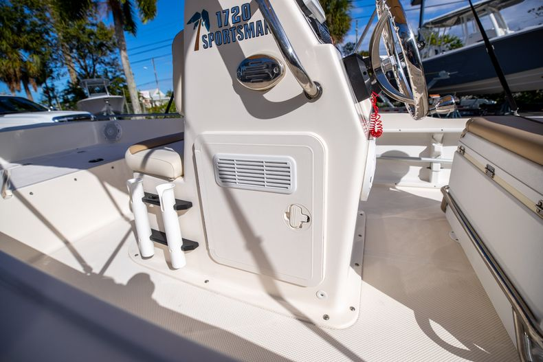 Thumbnail 27 for Used 2016 Key West 1720 Sportsman CC boat for sale in West Palm Beach, FL