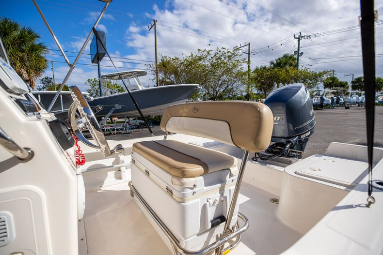 Thumbnail 30 for Used 2016 Key West 1720 Sportsman CC boat for sale in West Palm Beach, FL