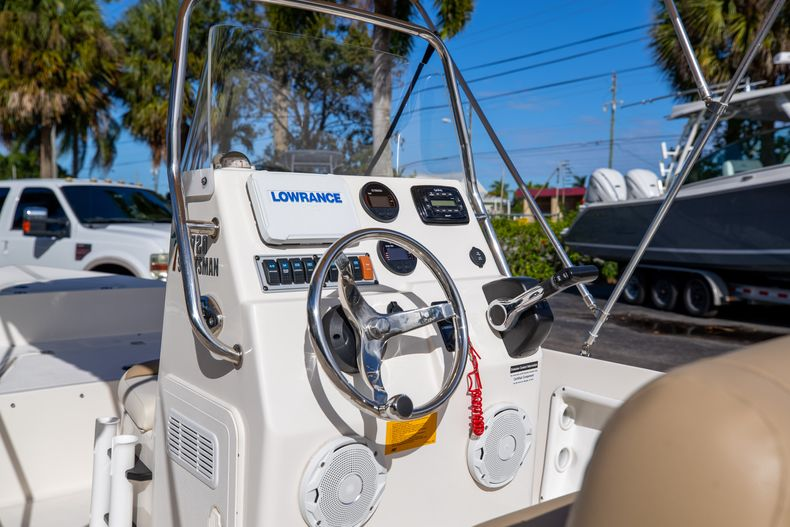 Thumbnail 26 for Used 2016 Key West 1720 Sportsman CC boat for sale in West Palm Beach, FL
