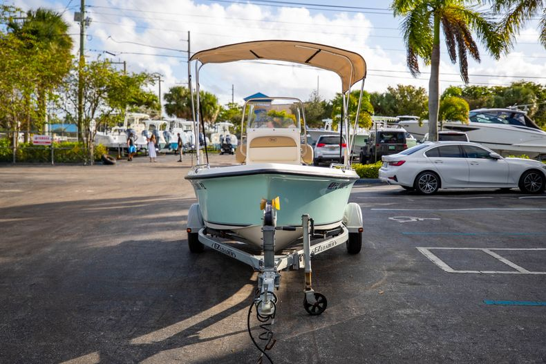 Thumbnail 3 for Used 2016 Key West 1720 Sportsman CC boat for sale in West Palm Beach, FL