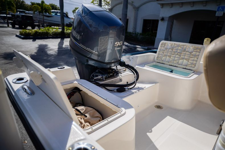 Thumbnail 13 for Used 2016 Key West 1720 Sportsman CC boat for sale in West Palm Beach, FL