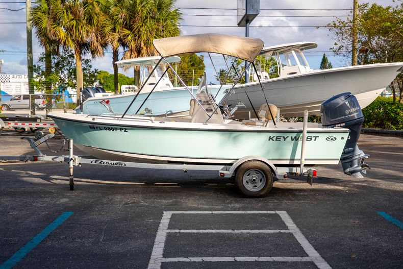 Thumbnail 6 for Used 2016 Key West 1720 Sportsman CC boat for sale in West Palm Beach, FL