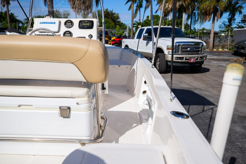 Thumbnail 16 for Used 2016 Key West 1720 Sportsman CC boat for sale in West Palm Beach, FL