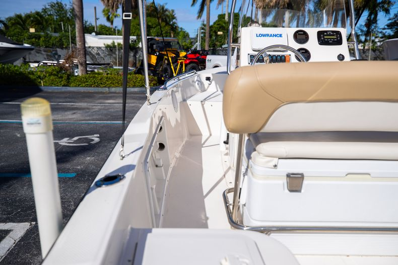 Thumbnail 19 for Used 2016 Key West 1720 Sportsman CC boat for sale in West Palm Beach, FL
