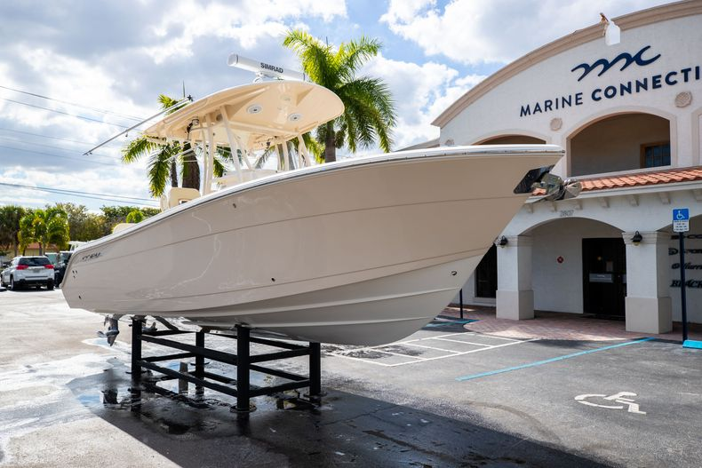 Image 1 for 2016 Cobia 261 Center Console in West Palm Beach, FL