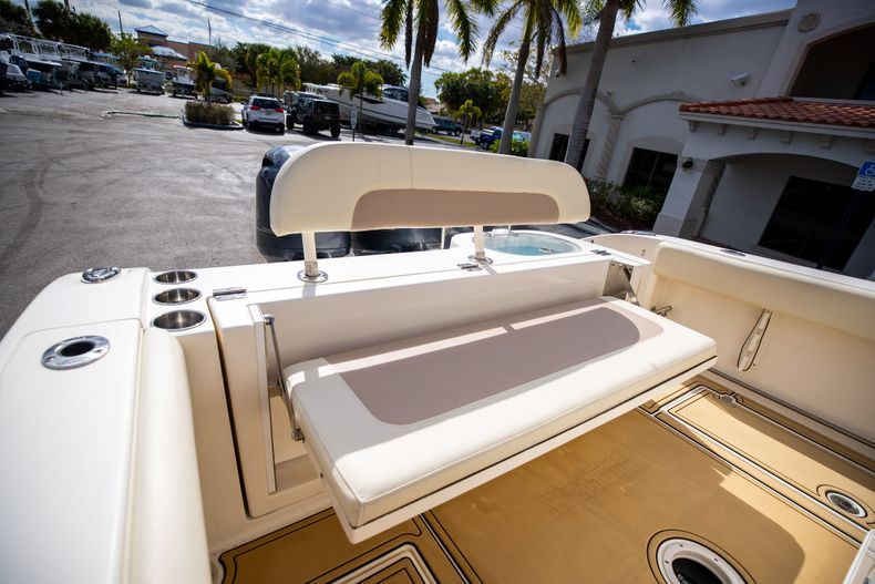 Image 10 for 2016 Cobia 261 Center Console in West Palm Beach, FL