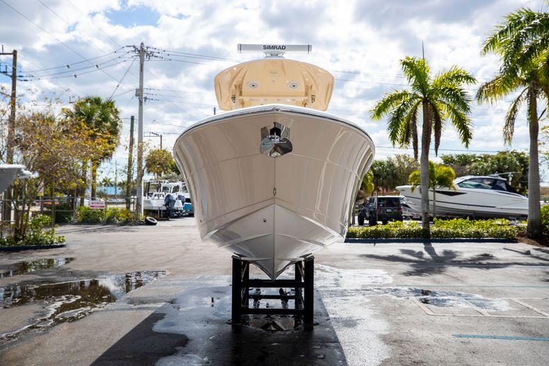 Image 2 for 2016 Cobia 261 Center Console in West Palm Beach, FL