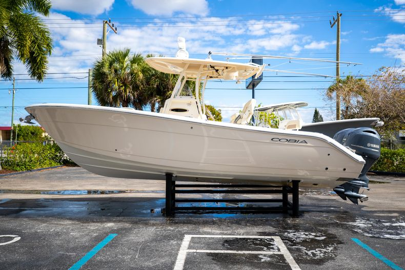 Image 4 for 2016 Cobia 261 Center Console in West Palm Beach, FL