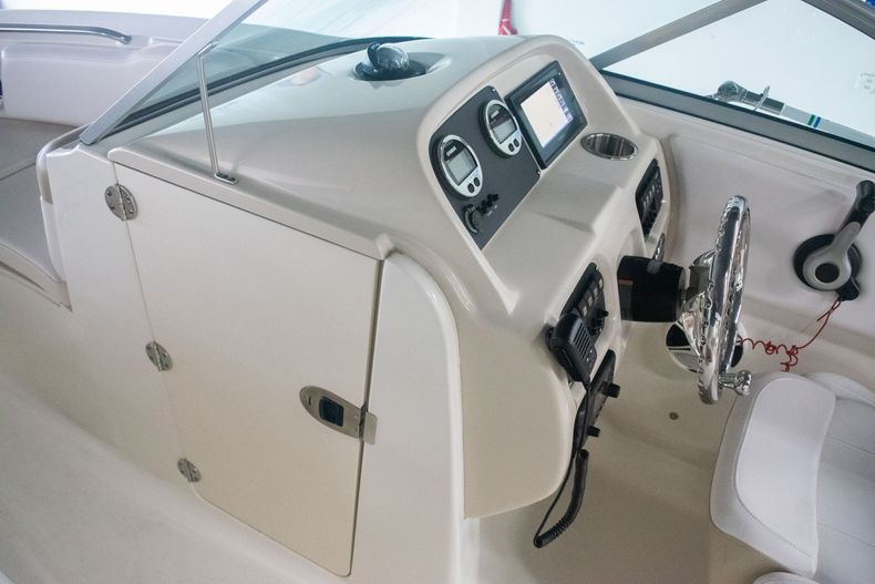 Thumbnail 26 for Used 2017 Robalo R207 Dual Console boat for sale in Miami, FL