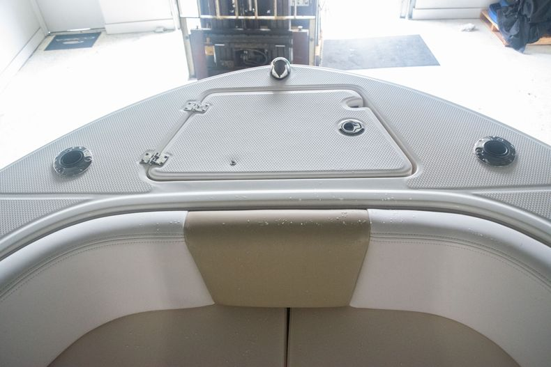 Thumbnail 35 for Used 2017 Robalo R207 Dual Console boat for sale in Miami, FL
