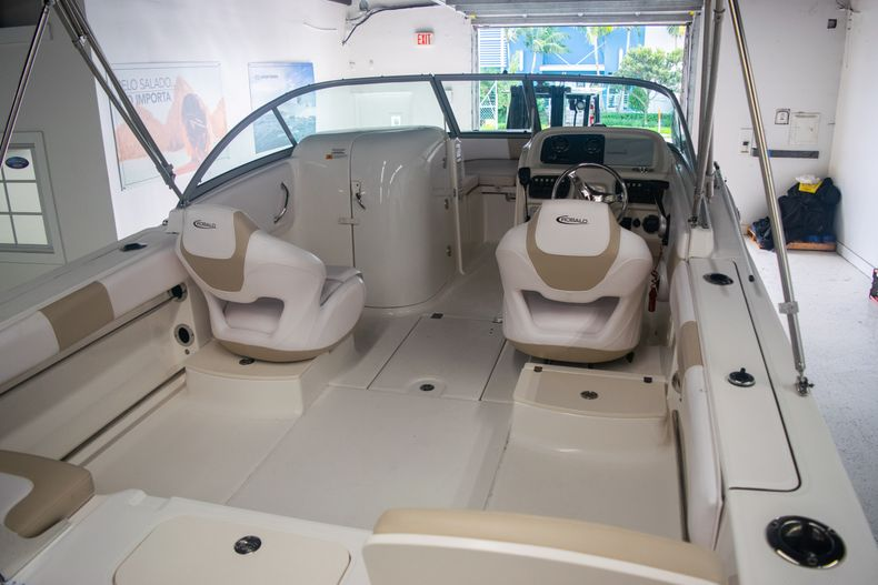 Thumbnail 8 for Used 2017 Robalo R207 Dual Console boat for sale in Miami, FL
