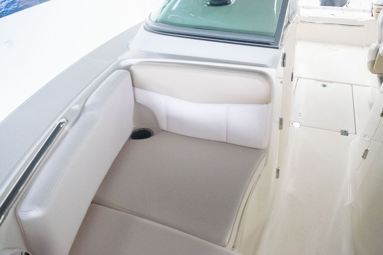 Thumbnail 29 for Used 2017 Robalo R207 Dual Console boat for sale in Miami, FL