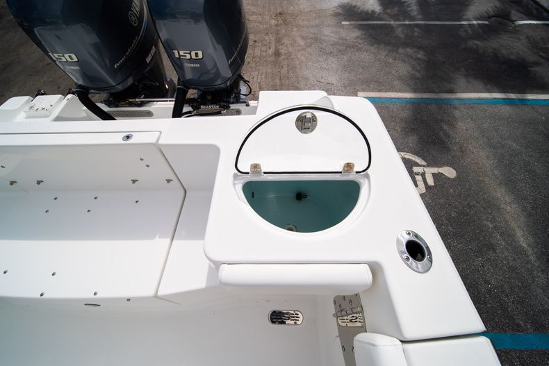 Thumbnail 16 for Used 2015 Sportsman Heritage 251 Center Console boat for sale in West Palm Beach, FL