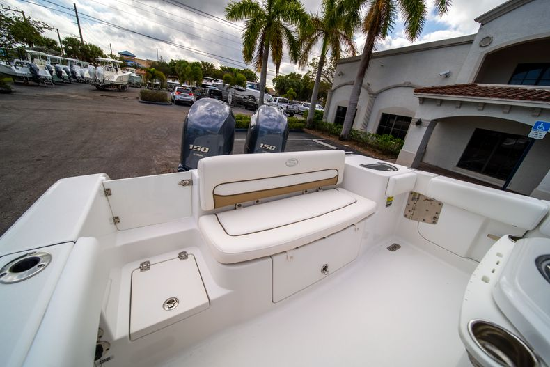 Thumbnail 10 for Used 2015 Sportsman Heritage 251 Center Console boat for sale in West Palm Beach, FL
