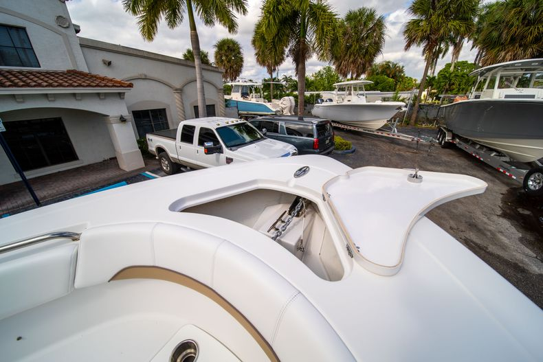 Thumbnail 40 for Used 2015 Sportsman Heritage 251 Center Console boat for sale in West Palm Beach, FL