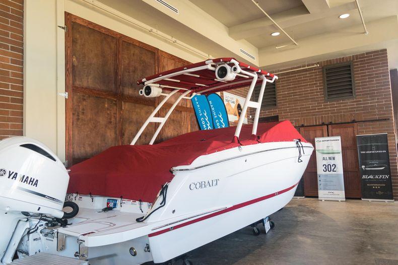 Thumbnail 6 for New 2021 Cobalt R6 OB boat for sale in Stuart, FL