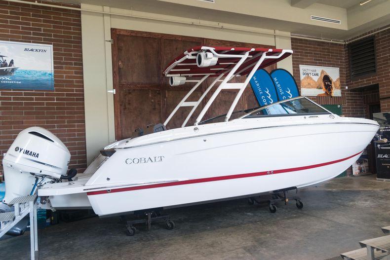 Thumbnail 3 for New 2021 Cobalt R6 OB boat for sale in Stuart, FL