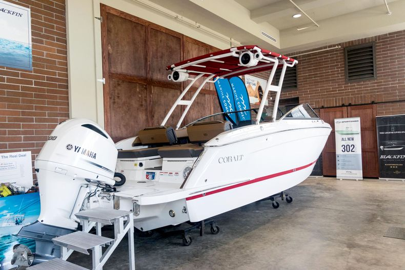 Thumbnail 4 for New 2021 Cobalt R6 OB boat for sale in Stuart, FL
