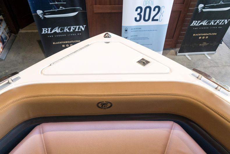 Thumbnail 52 for New 2021 Cobalt R6 OB boat for sale in Stuart, FL