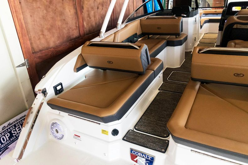 Thumbnail 15 for New 2021 Cobalt R6 OB boat for sale in Stuart, FL