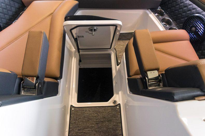 Thumbnail 45 for New 2021 Cobalt R6 OB boat for sale in Stuart, FL