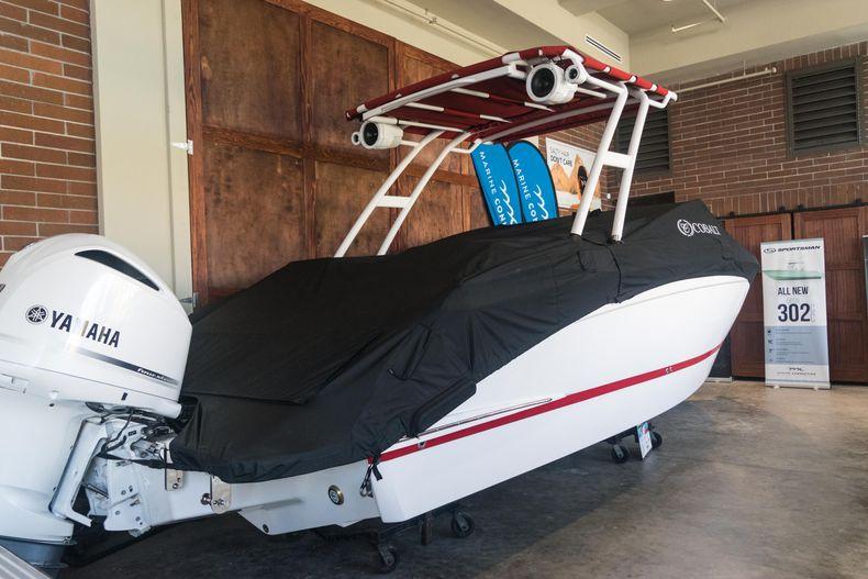 Thumbnail 5 for New 2021 Cobalt R6 OB boat for sale in Stuart, FL