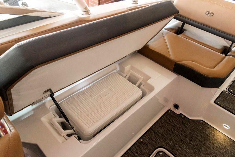 Thumbnail 26 for New 2021 Cobalt R6 OB boat for sale in Stuart, FL
