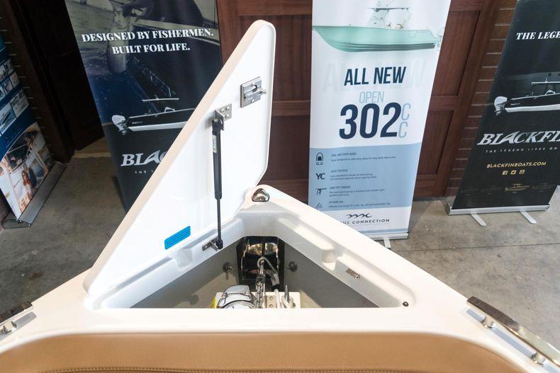 Thumbnail 53 for New 2021 Cobalt R6 OB boat for sale in Stuart, FL