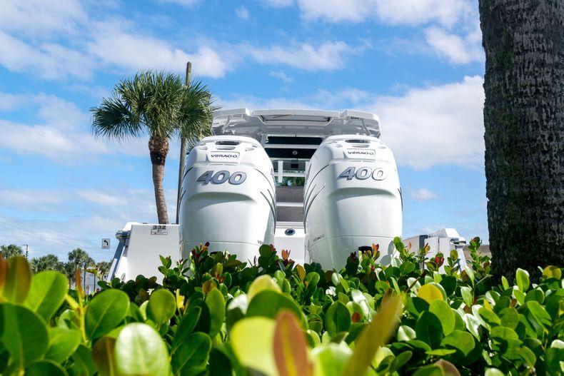 Thumbnail 68 for New 2021 Blackfin 332CC boat for sale in Stuart, FL